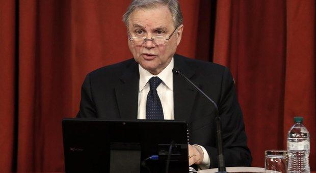 Italia, Visco: non più rinviabile strategia per ridurre peso debito