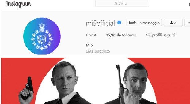 """Instagram anche per 007: i servizi segreti di """"Sua Maestà"""" sui social per rompere gli stereotipi maschilisti"""