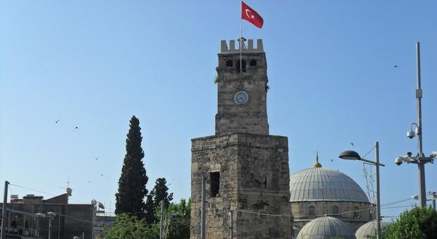 La Turchia cambia fuso orario: dal 30 ottobre gli orologi segneranno l'ora della Mecca