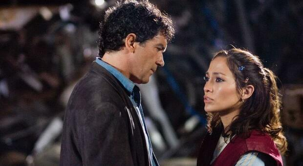 Stasera in tv, martedì 14 settembre su Italia 1 «Bordertown»: curiosità e trama del film con Jennifer Lopez