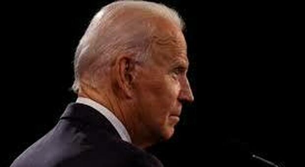 Biden, giallo sulla censura vaticana a una lettera dei vescovi Usa: conteneva un appello contro l'aborto