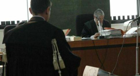 Firenze, studentesse abusate: ex carabiniere condannato a 4 anni e 6 mesi
