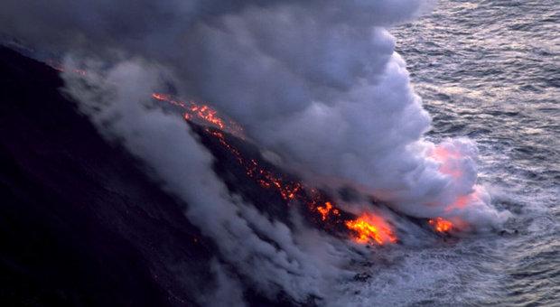 Stromboli causò tre tsunami nel Tirreno. Lo studio italiano: «Può succedere ancora»
