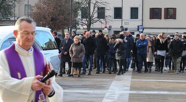 escort gay cremona escort roma termini