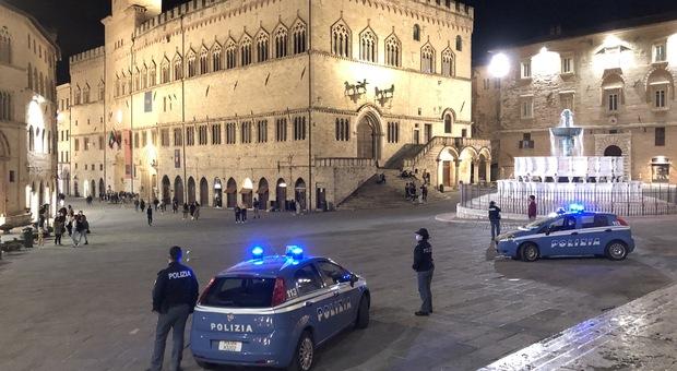 Coronavirus, a Perugia in strada senza mascherina: multati