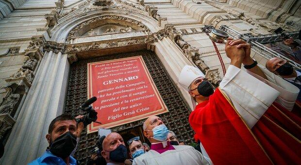Miracolo di San Gennaro, si ripete il prodigio della liquefazione del sangue