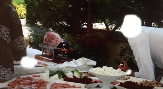 Pranzo Nuziale Puglia : Cameriere avvelena il pranzo di nozze: le foto choc fanno il giro