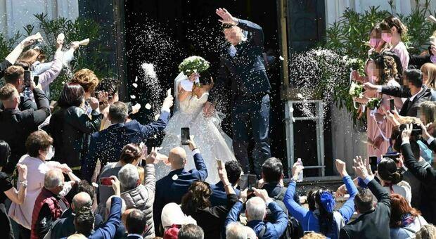 Matrimonio, colori vietati (e consentiti): il dress code per gli invitati
