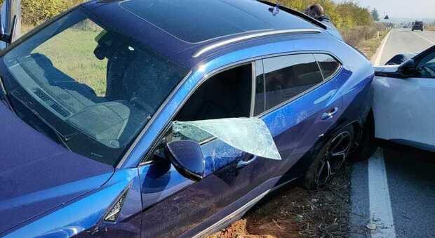 Ruba la Lamborghini a un imprenditore e si schianta durante l'inseguimento: arrestato