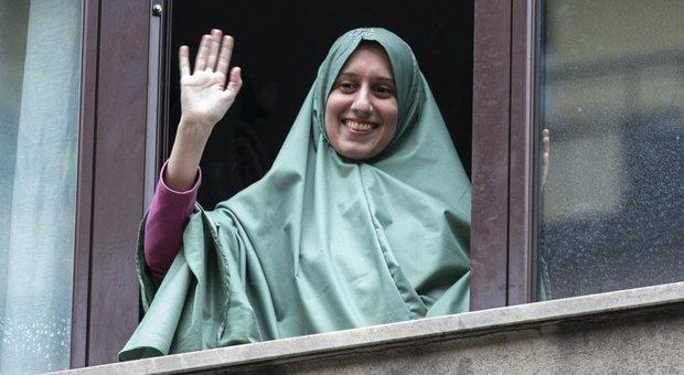 Silvia Romano su Facebook cita il Corano per parlare d'amicizia: «Ciò accade a chi possiede un dono immenso»