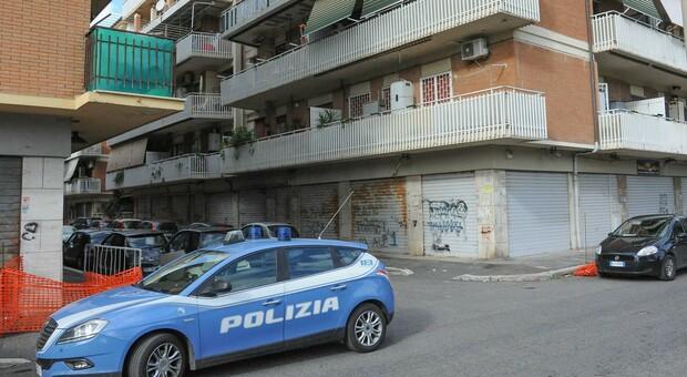 Ostia, poliziotta ladra rubava soldi ai defunti e anche al clan Spada: sottratti denaro e gioielli per 90 mila euro