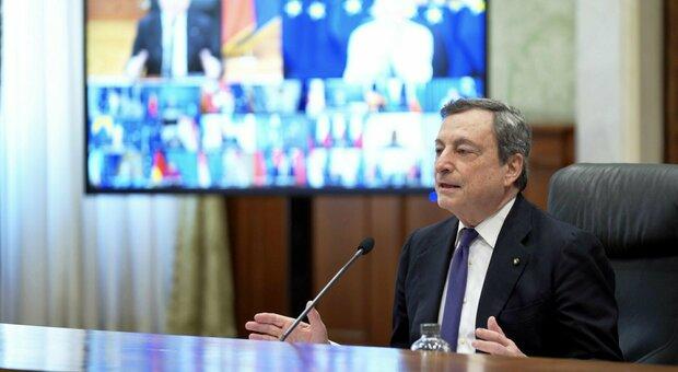 Vaccini, Draghi: «Europei ingannati da alcune case farmaceutiche». Von der leyen: dosi Ue restano qui