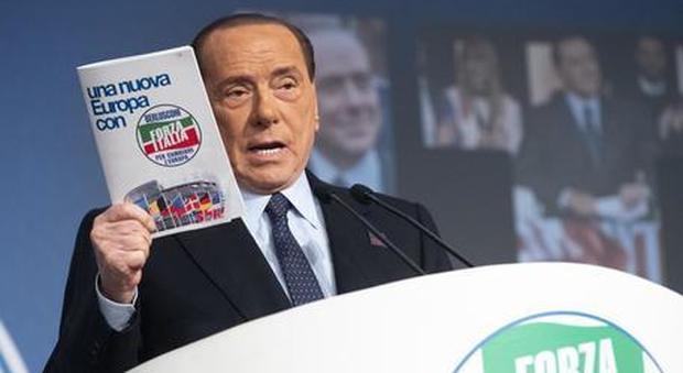 Forza Italia va in piazza con la Lega e Fratelli d'Italia