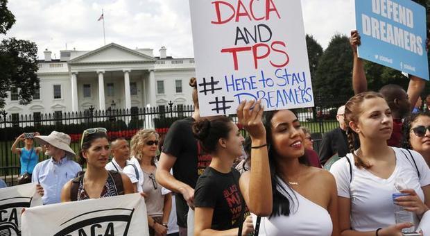 Dreamers, la Corte Suprema blocca Trump: il programmna di Obama non si cancella