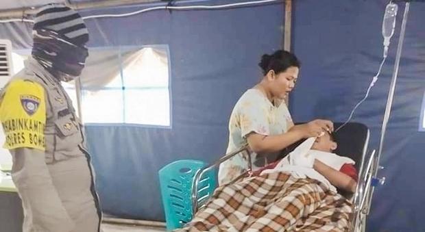 Studente di 16 anni strangolato da un pitone davanti agli amici in Indonesia