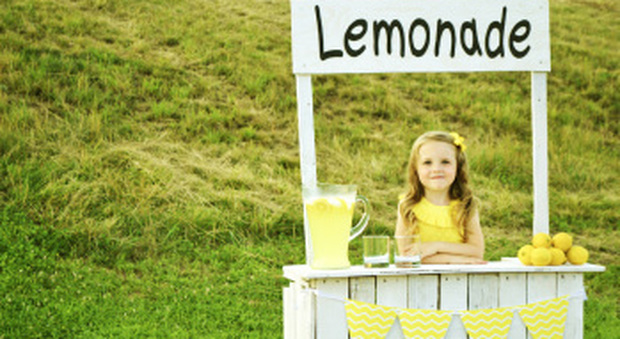 I banchetti di limonate dei bambini diventano legali, via libera in Colorado