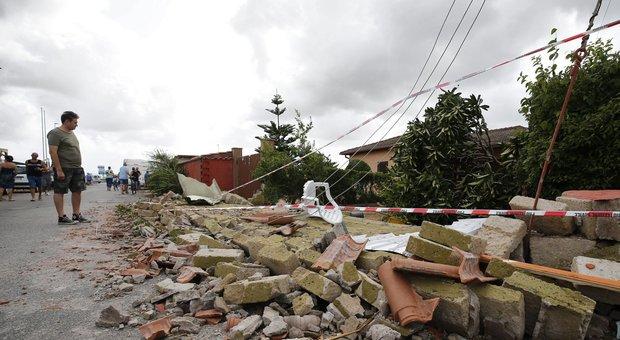 Maltempo, fulmini e trombe d'aria: tre morti in due giorni. Danni ingenti in tutta Italia