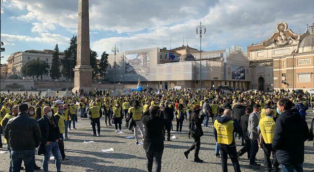 Gioco legale, a Milano e a Roma protestano contro i lockdown i lavoratori del settore