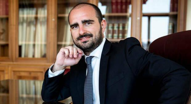 Furbetti bonus, Marco Rizzone (M5S): «Non sono un ladro e non ho fatto  illeciti. Decreto scritto male»