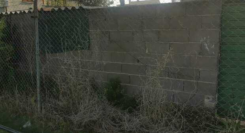 Foligno, raid vandalico: tagliata un porzione di rete di recinzione del campo di calcio della Vis