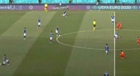 Italia, Gravina: «Azzurri inginocchiati? Li abbiamo lasciati liberi. Finale certamente a Wembley»