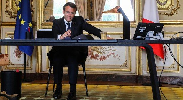 Papa Francesco parla con Macron, l'Europa sia più solidale e mostri lo spirito delle origini