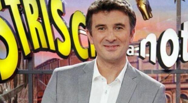 Covid, Valentino Picone: «Il tampone conferma che ho il Covid, spero di tornare presto a Striscia»