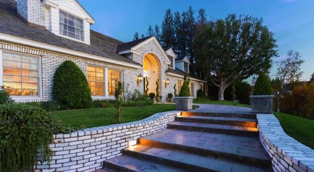 Los Angeles: Jennifer Lopez vende villa da dodici milioni di dollari