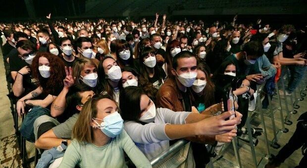 Covid, al concerto di Barcellona zero contagi tra i 5.000 partecipanti