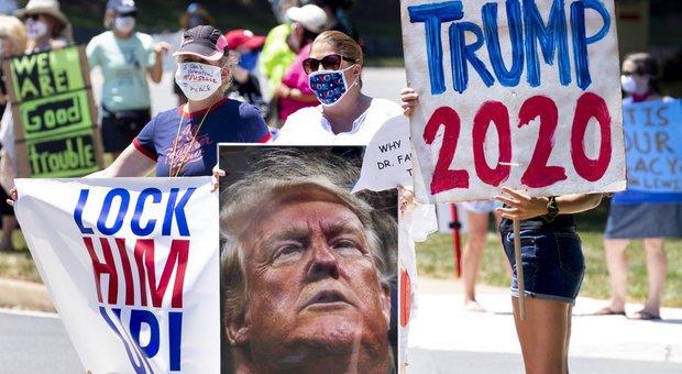 Virus, Trump si arrende alla pandemia: «Addio mega raduni, ora si passa ai tele-comizi»