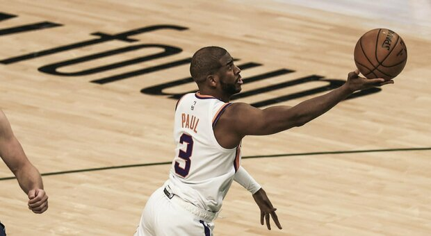 Nba, super Chris Paul regala la vittoria ai Suns: bene anche Clippers e Jazz