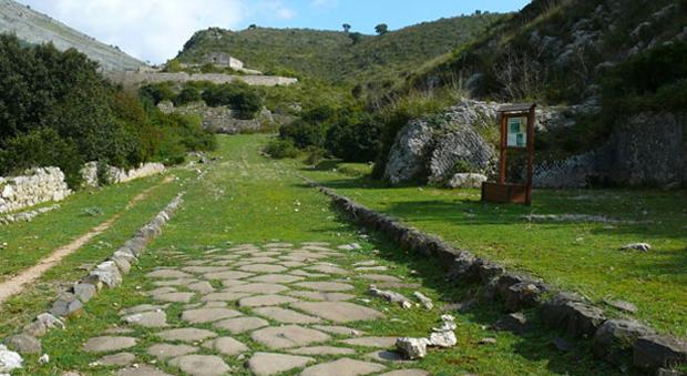 Itri passeggiata alla scoperta dell 39 appia antica for Cioccari arredamenti via appia