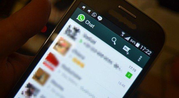 Scopre su Whatsapp che la ragazza per cui ha una cotta è fidanzata, tredicenne si impicca