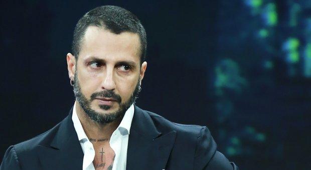 Fabrizio Corona sfrattato: ha 120 giorni per lasciare la casa di corso Como a Milano