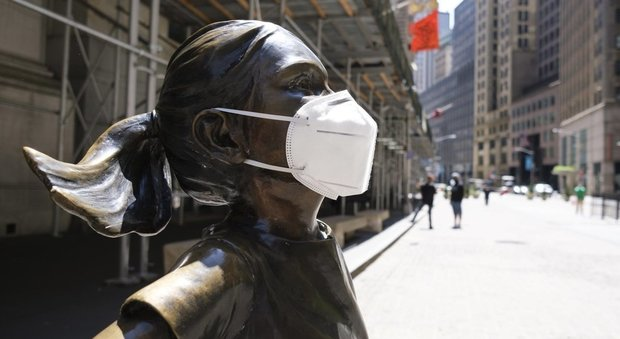 Usa, New York riapre dopo 2 mesi di lockdown: tornano a lavoro 400mila persone