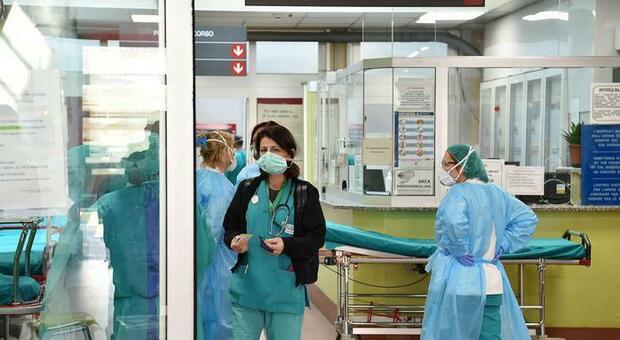 Covid ad Avellino, 15enne ricoverato in ospedale per grave crisi respiratoria