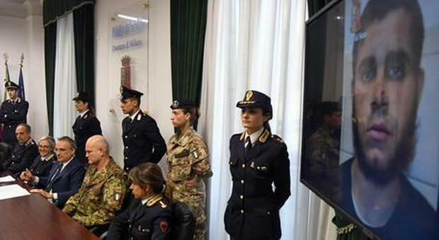 Terrorismo, ferì un militare davanti alla stazione Centrale, chiesti 14 anni di carcere per Fathe
