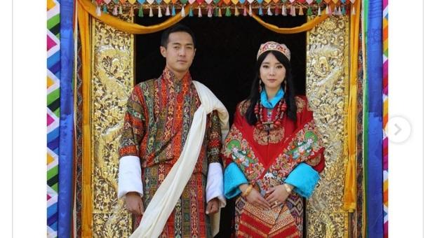 La coppia reale bhutanese convolata a nozze