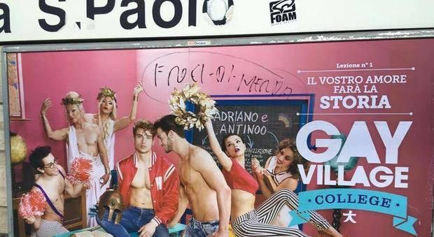 Roma, insulti omofobi sui cartelloni pubblicitari del GayVillage