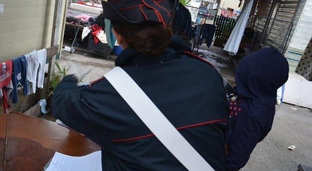 Roma, tentano di scassinare B&B in piazza Navona: arrestate 2 rom. Una è minorenne