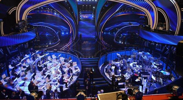 Sanremo 2021, ok Cts: senza pubblico in sala né eventi esterni. Amadeus: «Felicissimo, non fermiamo la musica»