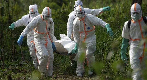 Ebola, autorizzato in Europa il primo vaccino contro il virus