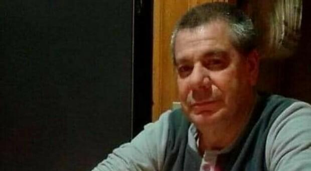 Roma, l'infermiere Alvaro muore di Covid a 61 anni il giorno di Natale: tra pochi giorni sarebbe andato in pensione