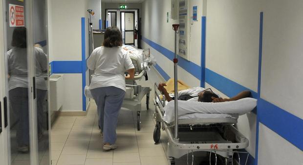 Bari, bimbo morto durante il parto: otto indagati