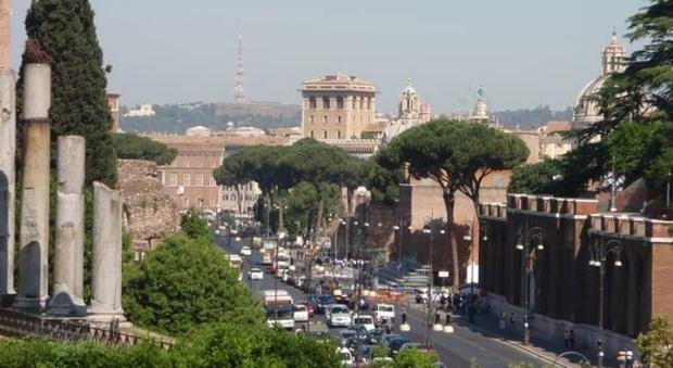 Scandalo affitti a roma quella vista mozzafiato sui fori for Affitti mezzocammino roma