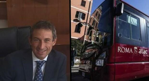 Cristiano Ceresatto, a sinistra, direttore del Personale di Atac: andrà ad Enav. A destra, un bus Atac