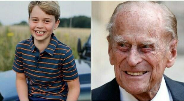 Baby George compie 8 anni, la foto per il compleanno nasconde un tenero ricordo del principe Filippo