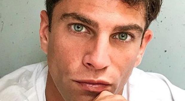 Filippo Contri e il post romantico su Instagram per Lucia Orlando: «Non avevamo ancora una canzone...» (frame Mediaset)
