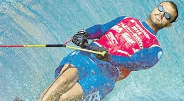 Cassioli, campione ipovedente di sci nautico: «Sulle onde che non vedo, così lo sport non ha limiti»