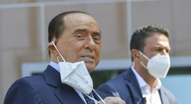 Berlusconi: «Covid? Ho temuto di non farcela. Italiani, andate a votare»